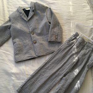 Seersucker suit sz 4